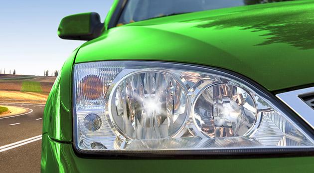 Fotka zľavy: Bezpečnejšie a viditeľnejšie na cestách s renovovanými prednými i zadnými svetlometmi už od 9,99€. Vidieť a hlavne byť videný za každého počasia s profesionálne vyleštenými svetlami.