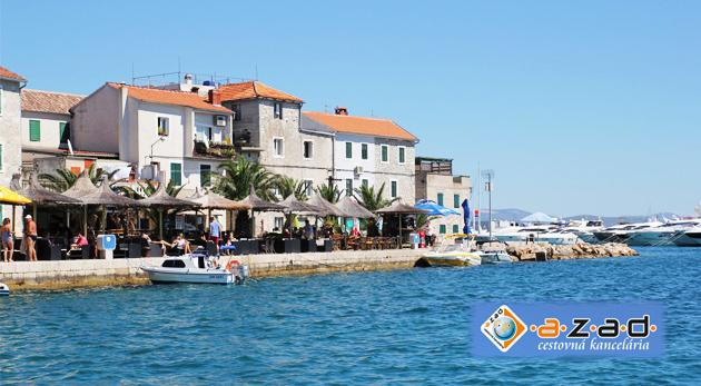 Fotka zľavy: Oddych pri mori v Chorvátsku na 8 dní - užite si slnečné lúče a teplé more v stredisku Vodice už od 149€. Doprava autobusom, na výber aj pobyt s polpenziou a ubytovanie len na skok do mora!