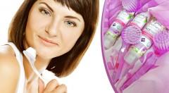 Zľava 77%: Fantastická pleťová maska a špeciálna peelingová kefka v domácom profesionálnom wellness laboratories balíčku 2 v 1 za akciovú cenu 3,90 €! Majte ošetrenú, čistú, a teda krásnu pleť.