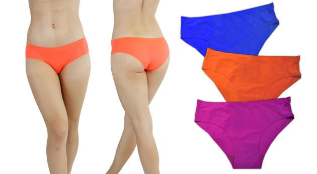 Fotka zľavy: Kvalitné nohavičky strihané laserom len za 7,99 € - 3 ks v balení. Vďaka bezšvovému prevedeniu netlačia a nevytvárajú neestetické záhyby, čím sú vhodné pod úzke šaty aj legíny.
