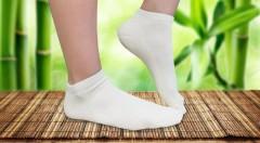 Zľava 43%: Perfektné dámske alebo pánske bambusové ponožky s antibakteriálnymi vlastnosťami už od 3,90 € za 3 alebo 6 párov. Na výber rôzne veľkosti aj farby týchto príjemných a pohodlných ponožiek!