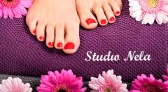 Zľava 56%: Pýšte sa cez leto krásnymi chodidlami vďaka aplikácii gélových nechtov v Štúdiu Nela na Obchodnej v Bratislave len za 7,90 € vrátane zdobenia podľa vlastného výberu a ošetrenia nechtov a ich okolia.