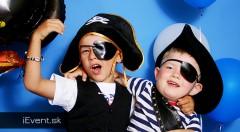 Zľava 38%: Prázdninový denný tábor pre mladých pirátov a pirátky len za 99 € na týždeň. Množstvo výletov do okolia, pirátskych aktivít a zábavy! Odborný dozor aj pitný režim v cene.