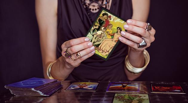 Fotka zľavy: Odhaľte svoju budúcnosť vďaka výkladu kariet a numerologickému rozboru len za 10,90 € od skúsenej veštice Adriany. Možnosť veštenia osobne alebo cez e-mail.