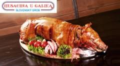 Zľava 50%: Doprajte si s priateľmi či s rodinou polovicu alebo celé pečené prasa z reštaurácie Husacina u Galika v Slovenskom Grobe už od 75 €. Urobte si hostinu až pre 25 ľudí v reštaurácii alebo u vás doma!