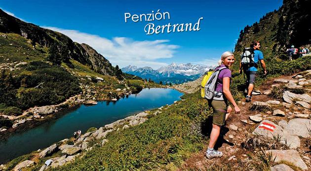 Fotka zľavy: Relax v slovenskom rodinnom Penzióne Bertrand pod malebnými rakúskymi Alpami už od 96 € pre dvoch s polpenziou. Výborná poloha na turistiku a možnosť letnej lyžovačky! Deti do 12 rokov zadarmo!