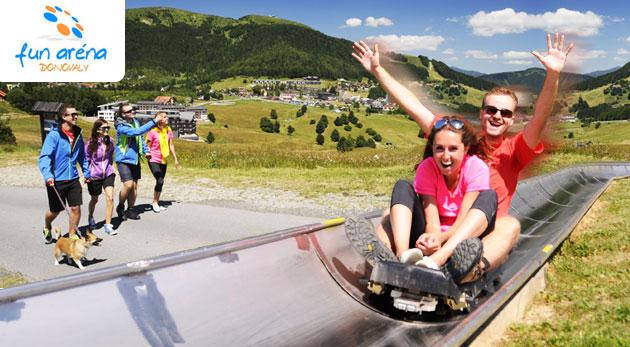 Fotka zľavy: Zažite adrenalínovú jazdu na bobovej dráhe vo FunAréna Donovaly. Zdolajte strach a pustite sa plnou rýchlosťou tobogánom len za 3,50€ za 2 jazdy. Pre jednotlivcov i rodičov s deťmi.