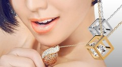 Zľava 50%: Elegantné šperky vhodné na spoločenské udalosti i bežné nosenie len za 4,20 € vrátane poštovného. Doplňte svoj letný outfit náhrdelníkom s príveskom v tvare slzy alebo kocky s krištálikom!