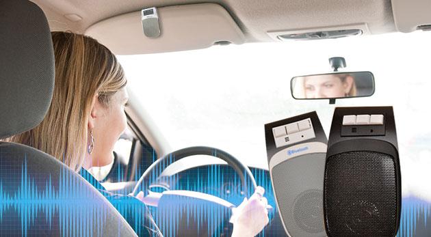Fotka zľavy: Zbytočne neriskujte a na príjemný pokec v aute si zabezpečte praktické handsfree do auta s USB nabíjačkou len za 14,99 €. Elegantný dizajn a jednoduché ovládanie!