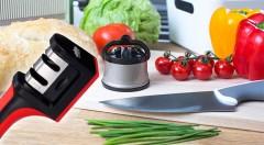 Zľava 62%: Spoľahliví a nevyhnutní pomocníci do každej domácnosti - stolné brúsiče na nože s prísavkou alebo s dvoma vložkami už od 3,59 € pre dokonalú ostrosť a bezpečnosť. Vhodné pre pravákov i ľavákov.