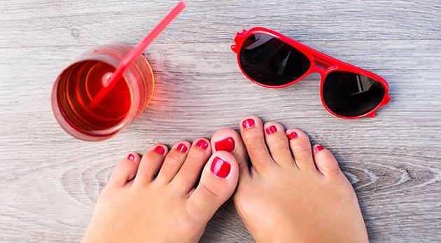 Fotka zľavy: Pre krásne nôžky do sandáliek zájdite na suchú medicinálnu pedikúru len za 9,90 €. Je bez použitia skalpela a navyše si doprajete aj klasicko-relaxačnú masáž chodidiel.